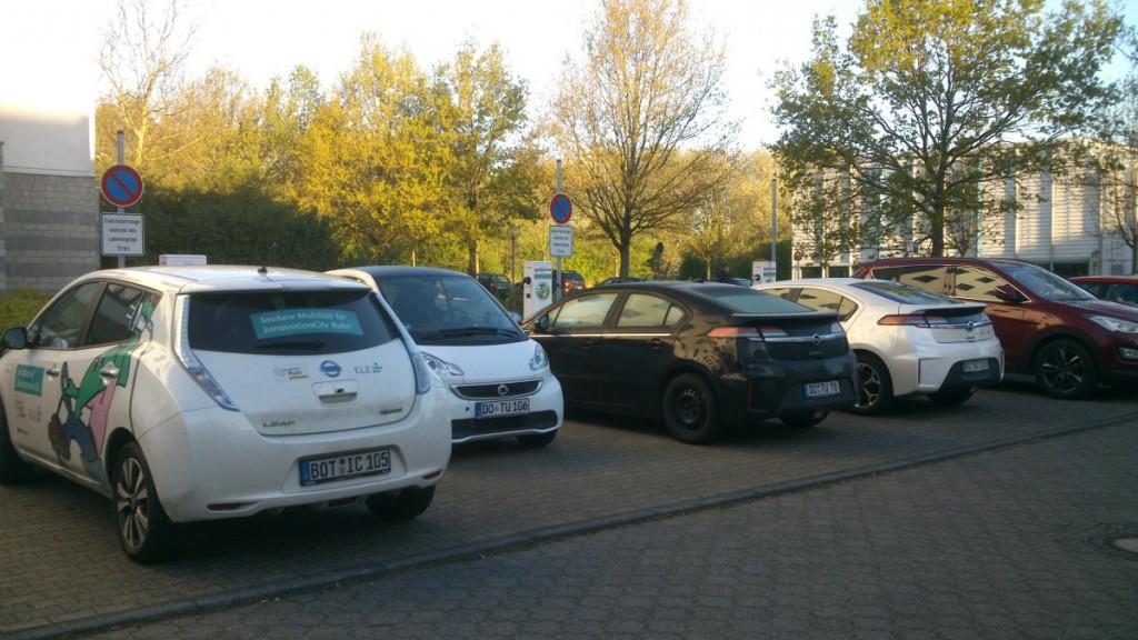 Hier ist Platz für sechs Elektroautos